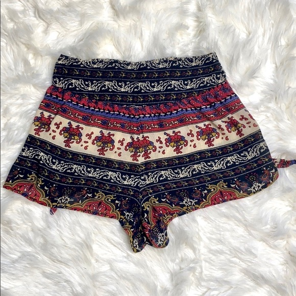 Band of Gypsies Pants - Band of Gypsies Boho Pattern Side Tie Shorts